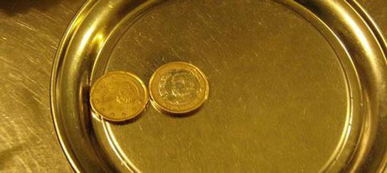 Hacienda avisa: las propinas a los camareros deben tributar