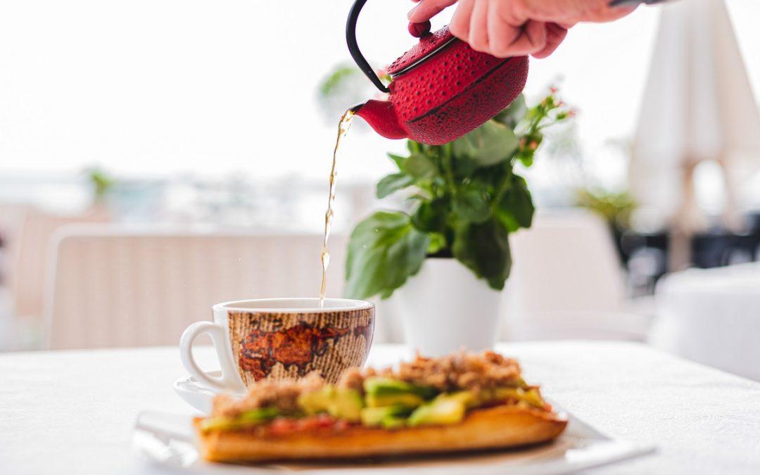 Los autónomos pueden deducirse los gastos de comidas con clientes o proveedores
